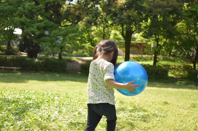 子供とボール